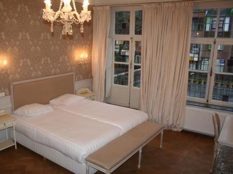 Deluxe 4-sengsrom